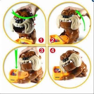 Đồ chơi Chó giữ xương Bull Dog (Loại to, đầy đủ, có cả bài) Vchac