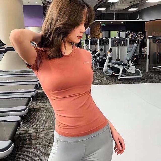 Mặc gì đẹp: Dẻo dai với Áo tập nữ ,áo tập gym yoga AMI tay ngắn siêu đẹp
