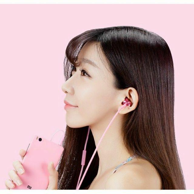 Tai nghe nhét tai Xiaomi Basic - Hãng phân phối chính thức