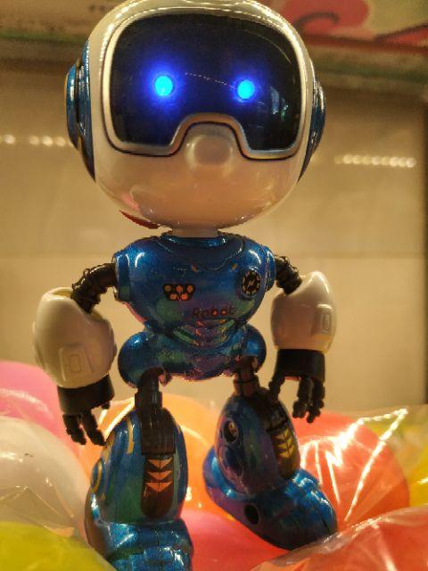 Robot đồ chơi, đồ chơi robot ; có đèn và âm thanh, bền đẹp