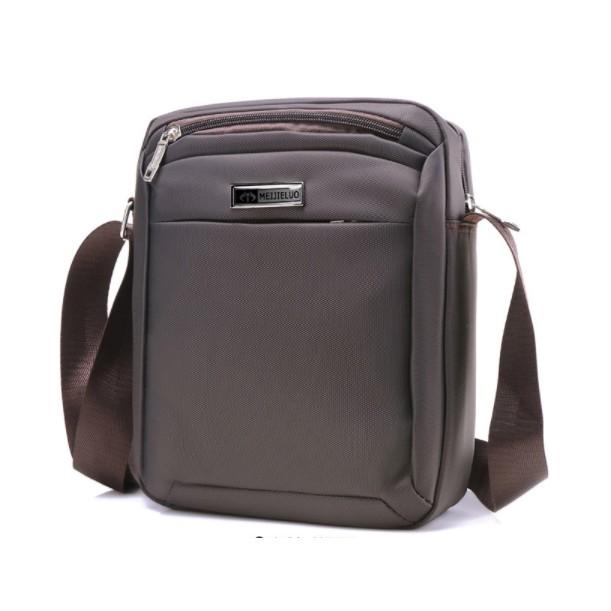 Túi vuông Nam chống nước vải dù thời trang 1 dây kéo , túi đeo chéo, túi xách - 3361106 , 1111643011 , 322_1111643011 , 355000 , Tui-vuong-Nam-chong-nuoc-vai-du-thoi-trang-1-day-keo-tui-deo-cheo-tui-xach-322_1111643011 , shopee.vn , Túi vuông Nam chống nước vải dù thời trang 1 dây kéo , túi đeo chéo, túi xách