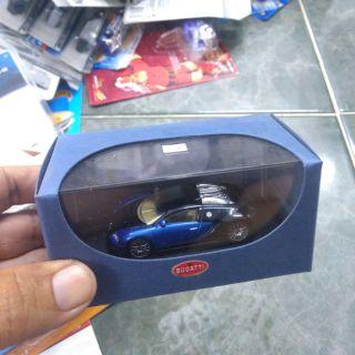 Xe Auto Art 1 64 Bugatti Veyron xanh đen