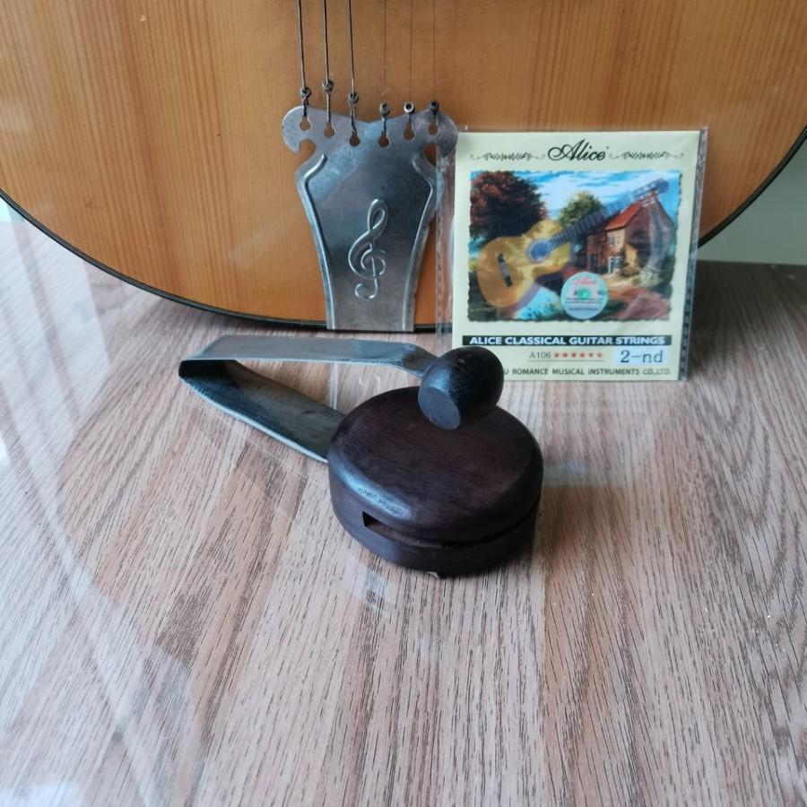 Song loan(song lang) đờn ca tài tử gỗ Trắc tặng dây đàn guitar.
