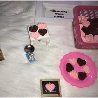 Bánh dâu, bánh chocolate mini, mô hình bánh trang trí nhà búp bê, bánh cho búp bê sét 3 cái