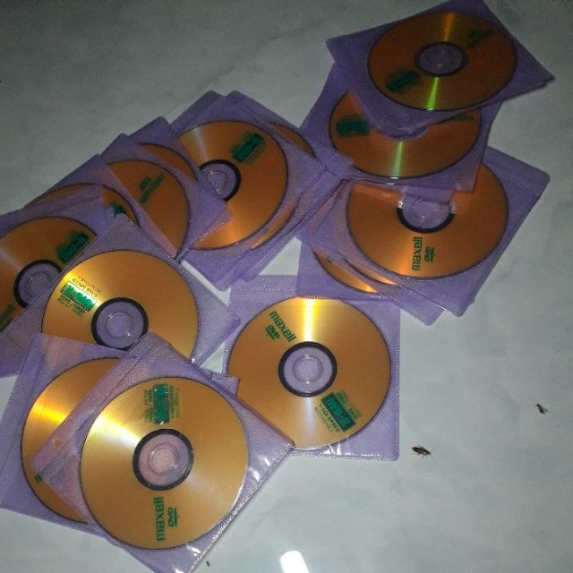 Đĩa DVD trắng