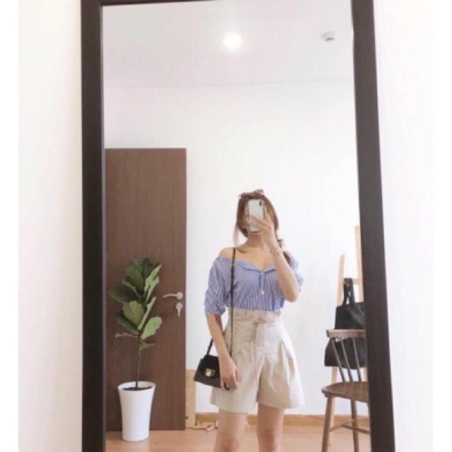 Set áo xanh sọc kèm quần short bí lưng cao phối dây cột