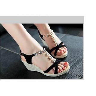 Giày sandal đế xuồng quai hoa dv 574