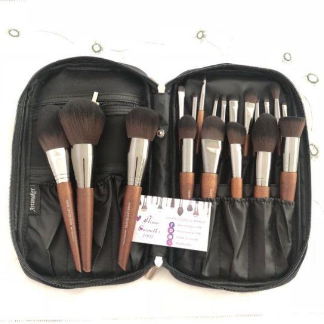 Bộ cọ chuyên nghiệp 19 cây makeupforever