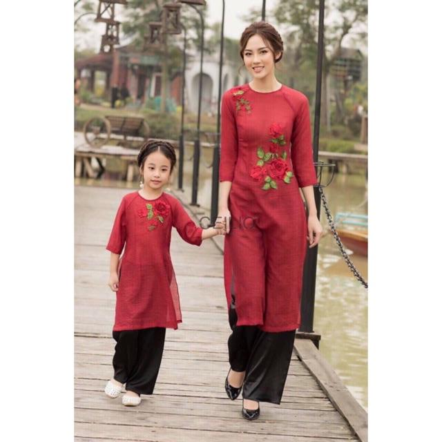 Set áo dài mẹ và bé kết hoa cực đẹp hàng thiết kế cao cấp - 13654893 , 668545003 , 322_668545003 , 420000 , Set-ao-dai-me-va-be-ket-hoa-cuc-dep-hang-thiet-ke-cao-cap-322_668545003 , shopee.vn , Set áo dài mẹ và bé kết hoa cực đẹp hàng thiết kế cao cấp