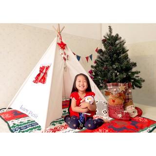 Lều vải cho bé – Mẫu cửa sổ đỏ Noel