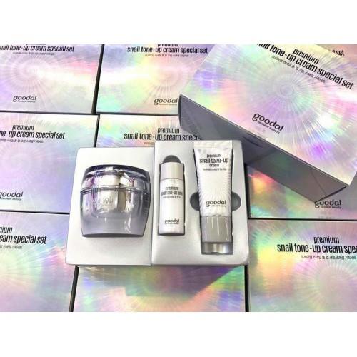 Set dưỡng trắng tức thì chiết xuất Ốc Sên Goodal Premium Snail Tone Up Cream Special Set chính hãng - 2998446 , 699142859 , 322_699142859 , 580000 , Set-duong-trang-tuc-thi-chiet-xuat-Oc-Sen-Goodal-Premium-Snail-Tone-Up-Cream-Special-Set-chinh-hang-322_699142859 , shopee.vn , Set dưỡng trắng tức thì chiết xuất Ốc Sên Goodal Premium Snail Tone Up Crea