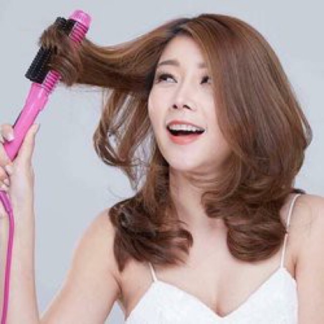 Lược điện uốn cong cho mái tóc bồng bềnh nhiều sóng
