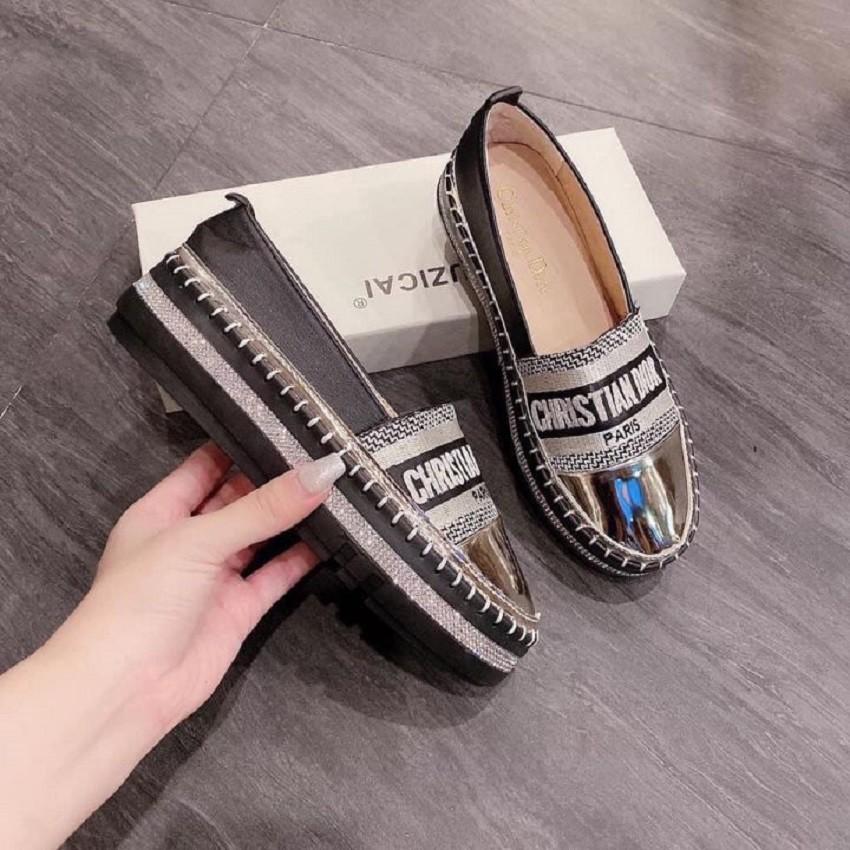 Giày lười nữ búp bê đế độn 2cm cao su đính đá kim cương mũi da bóng cực nổi