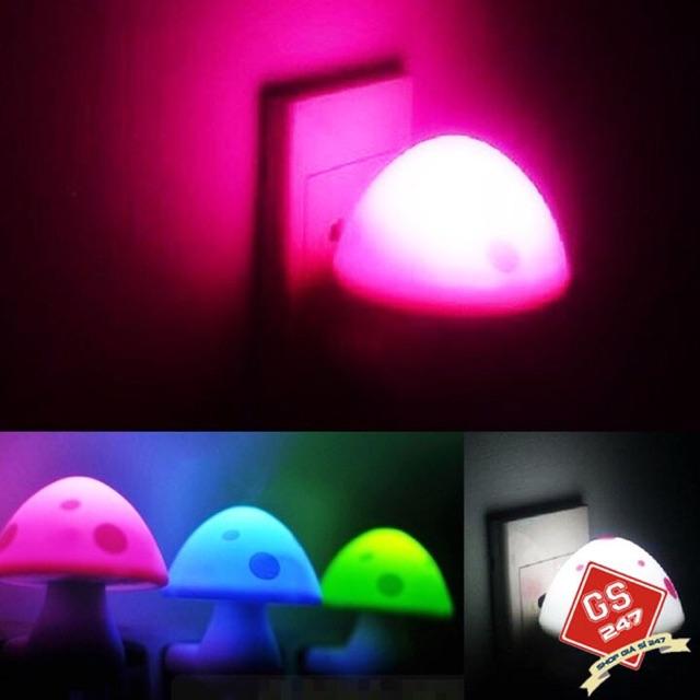 Đèn Ngủ Hình Nấm Xinh Xắn tự động sáng khi trời tối