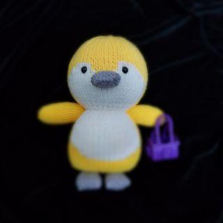 Thú đan len hình chim cánh cụt.