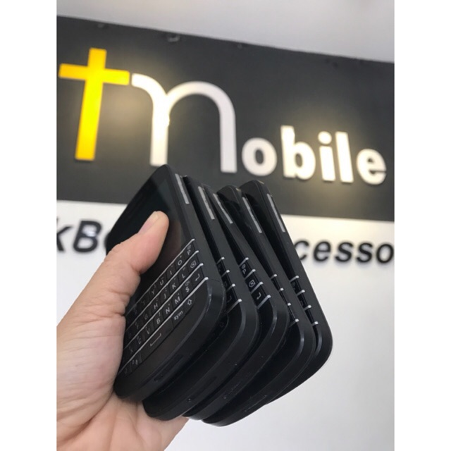 -T-Mobile —Điện Thoại Blackberry Q10 - Nhỏ gọn mà phong cách
