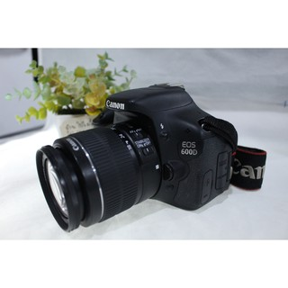 Canon EOS 600D + Lens Canon EF-S 18-55mm f3 5-5 6 IS ll