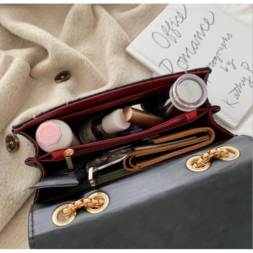 [Mã SKAMCLU7 giảm 10% tối đa 50K đơn 0Đ] Túi đeo chéo trần trám khóa kính nghiêng thời trang BH 403
