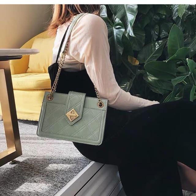 Túi xách thời trang nội địa