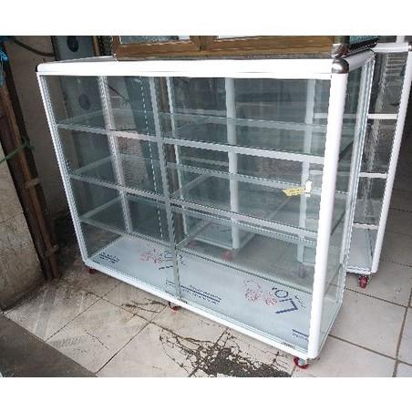 Bán thanh lý tủ nhôm kính, tủ trưng bày giá tốt | docuhp.com