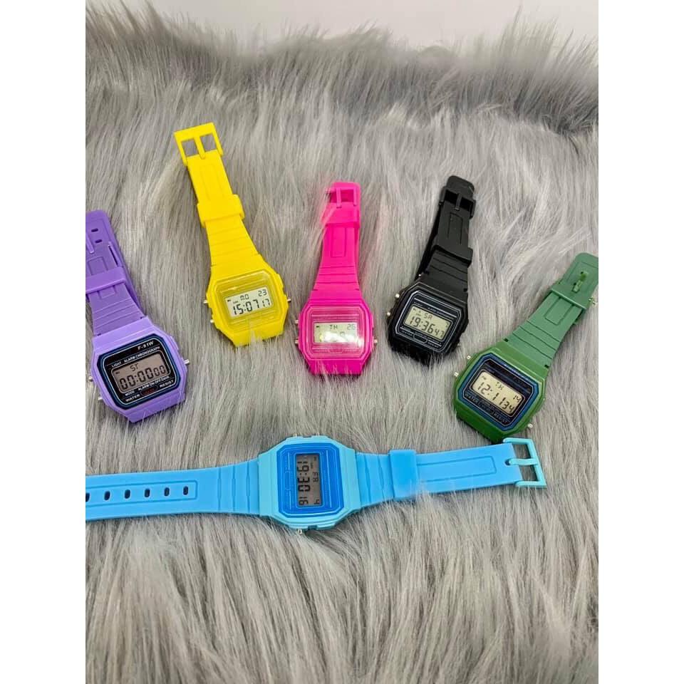 Đồng hồ nam nữ điện tử unisex Y722 có báo thức dây silicon SC029