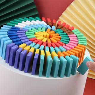 Bộ domino gồm 120 chi tiết nhiều mầu, cho bé chơi mà học