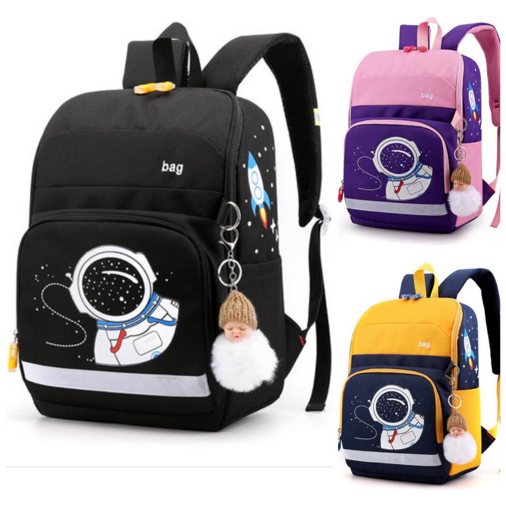 Balo tiểu học cho bé hình phi hành gia 3 màu lựa chọn