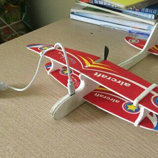 [Sỉ] Máy bay xốp có mô tơ sạc điện kèm dây sạc