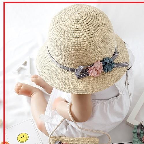 Set mũ túi cói cho bé đi du lịch thời thượng