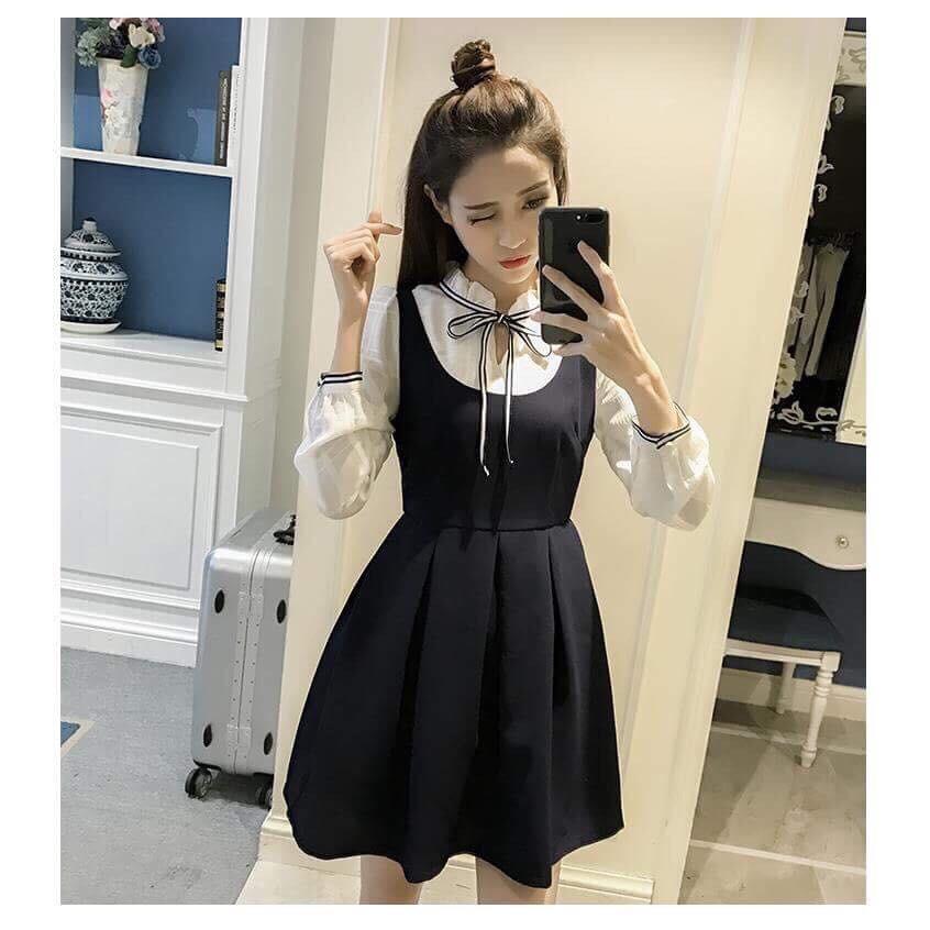 Đầm yếm ruy băng