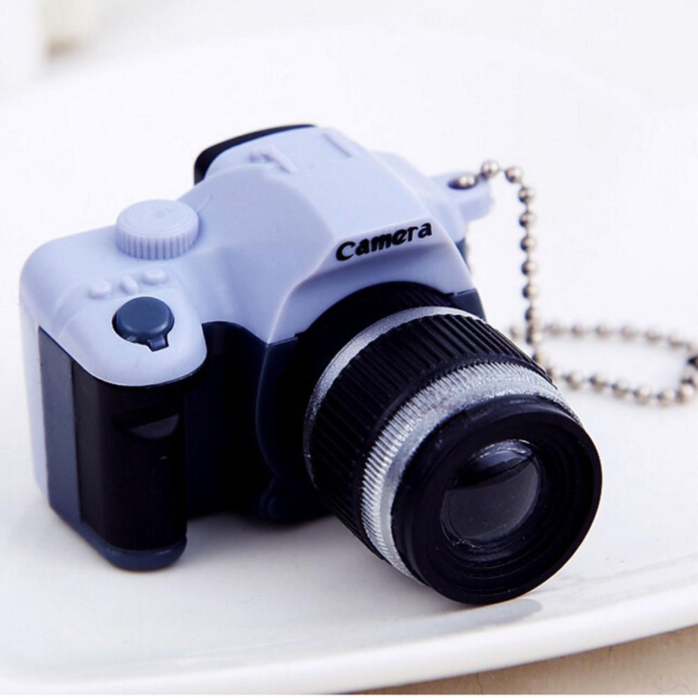Móc khóa hình máy ảnh có đèn flash và tiếng động