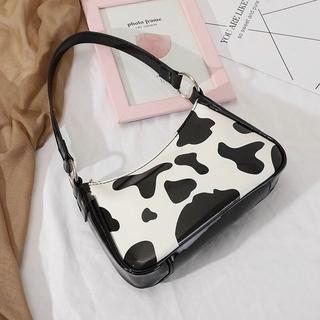 Túi kẹp nách nữ vân bò sữa vân loang bóng size 23 (h66)
