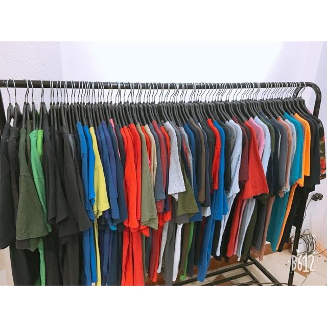 Combo áo phông và quần váy