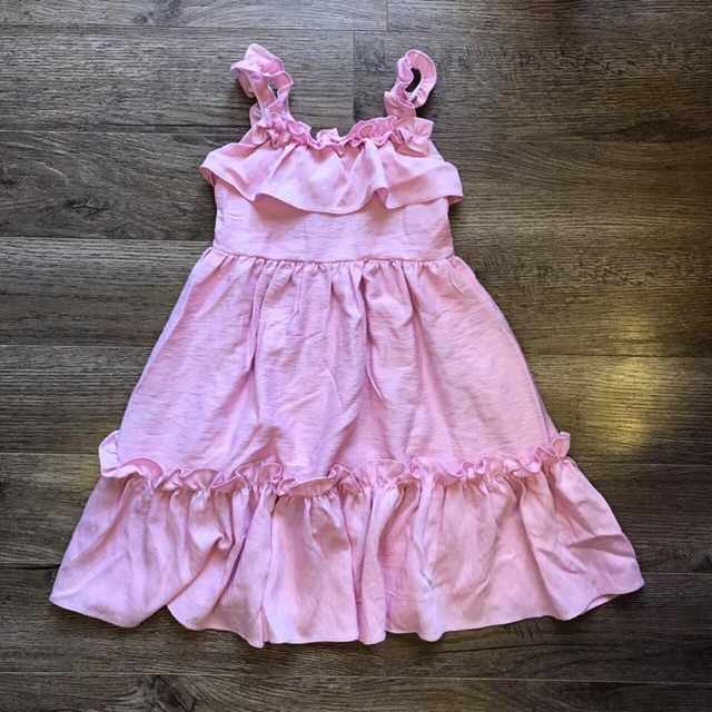 Váy xinh cho bé