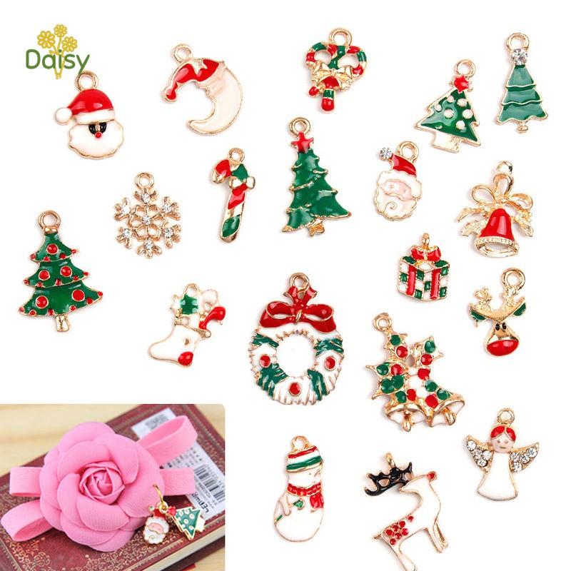 19 Pcs Metal Alloy Assorted Christmas Charms Set Xmas Tree Snowman Jewellery Pendants Decor
