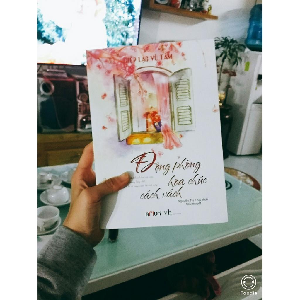 Sách - Động Phòng Hoa Chúc Cách Vách (Tái Bản)