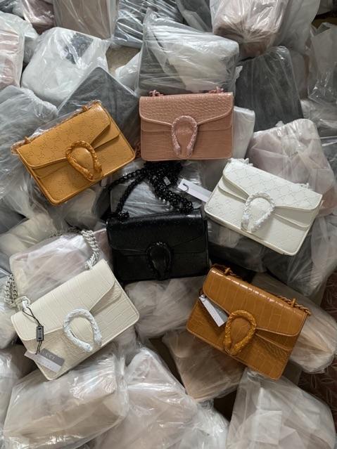 Túi xách nữ giá rẻ ⚜️ Freeship ⚜️ Túi đeo chéo nữ có khoá nắp đầu rồng đeo chéo hàng đẹp 2020