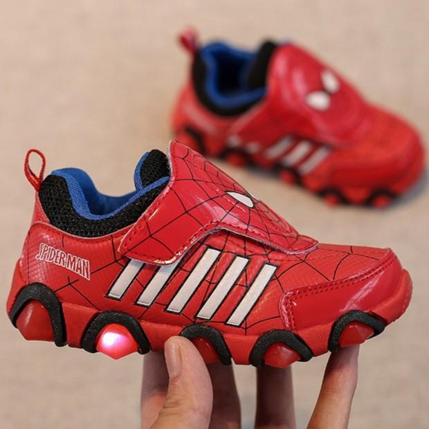 Giày thể thao siêu nhân người nhện cho bé - Size 26 đến 31 - Spider man - đỏ
