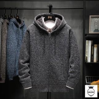 """Áo khoác len lót lông cừu màu xám đậm giá chỉ còn <strong class=""""price"""">43.200.000.000đ</strong>"""