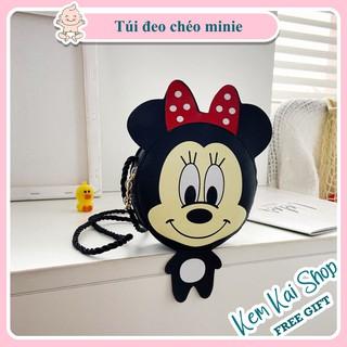Túi đeo chéo bé gái Mickey Minnie nơ đỏ cho bé cực kì đáng yêu