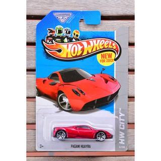 Xe mô hình tỉ lệ 1:64 Hot Wheels Pagani Hoayra 8/250 ( màu đỏ )
