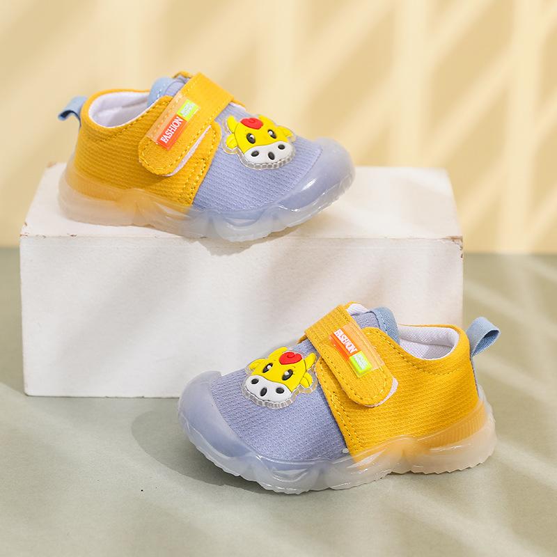 【Nghe được】Em bé bắp thịt bò ở đáy đi giày dép người đàn ông em bé trượt ma thuật dán đôi giày cô gái dễ thương PAPAYA