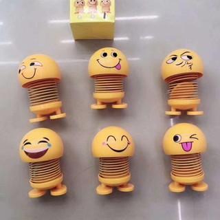 Thú nhún trang trí xe kiêm đồ chơi Emoji