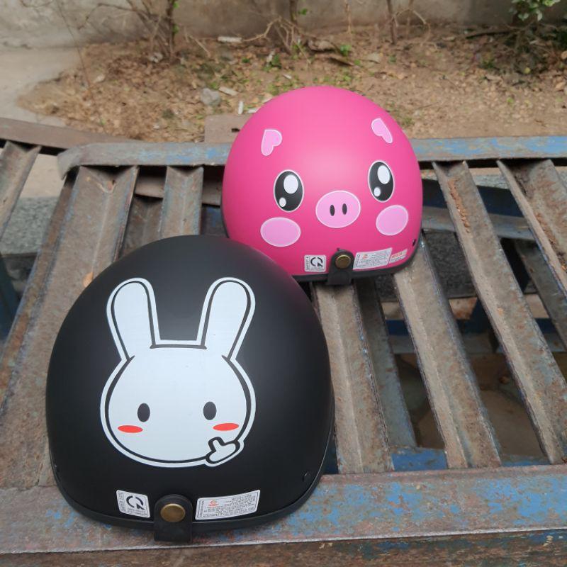 mũ bảo hiểm nửa đầu hình thỏ đen &l lợn hồng