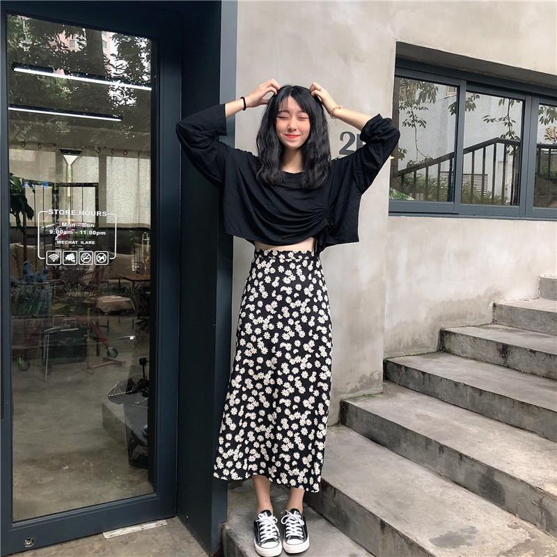 ORDER] Set váy hàn quốc áo croptop dài tay chun + chân váy hoa cúc ulzzang  | Shopee Việt Nam