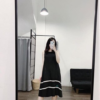 Đầm bầu ba lỗ viền đen trắng thumbnail