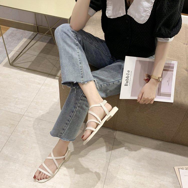 Giày Sandal Quai Chéo Màu Trơn Thời Trang Dành Cho Bạn Nữ