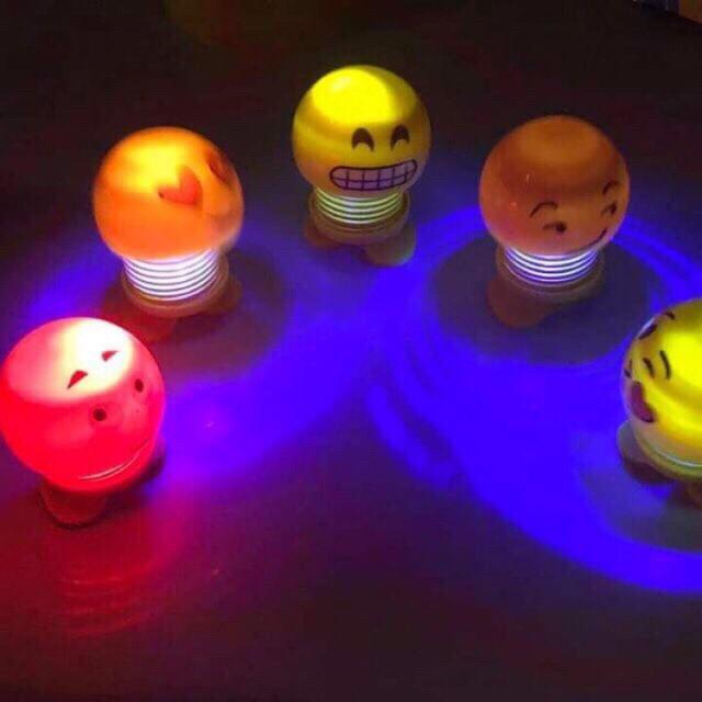 Mặt cười lò xo emoji nhún nhảy có đèn