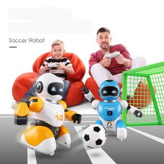 Robot điều khiển đá bóng