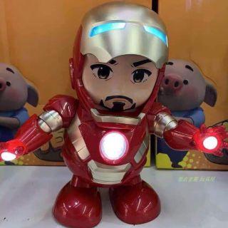 Robot iron man Nhảy múa kèm pin có đèn led -M7